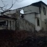 zerstörtes Haus nach dem Brand